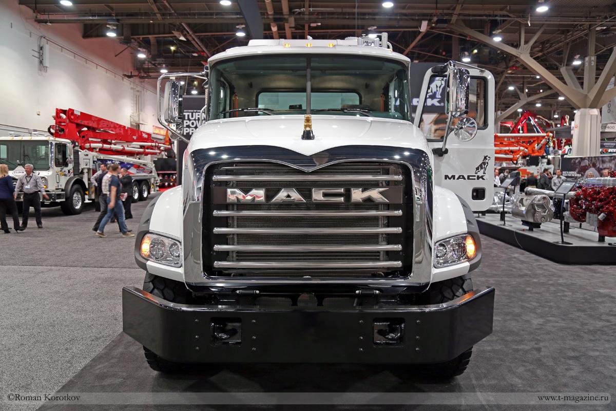Грузовик Mack Granite